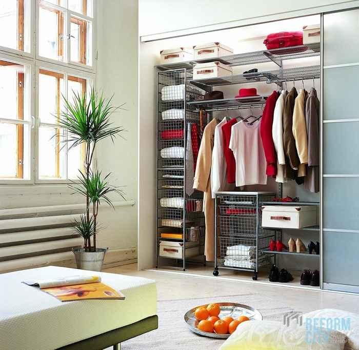 Шкаф купе для хранения одежды 65